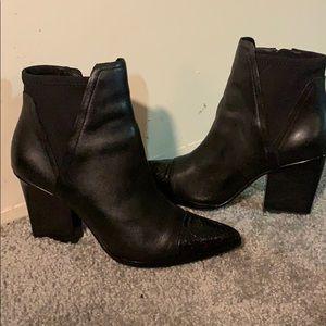 Donald J Pliner unique black heel boots